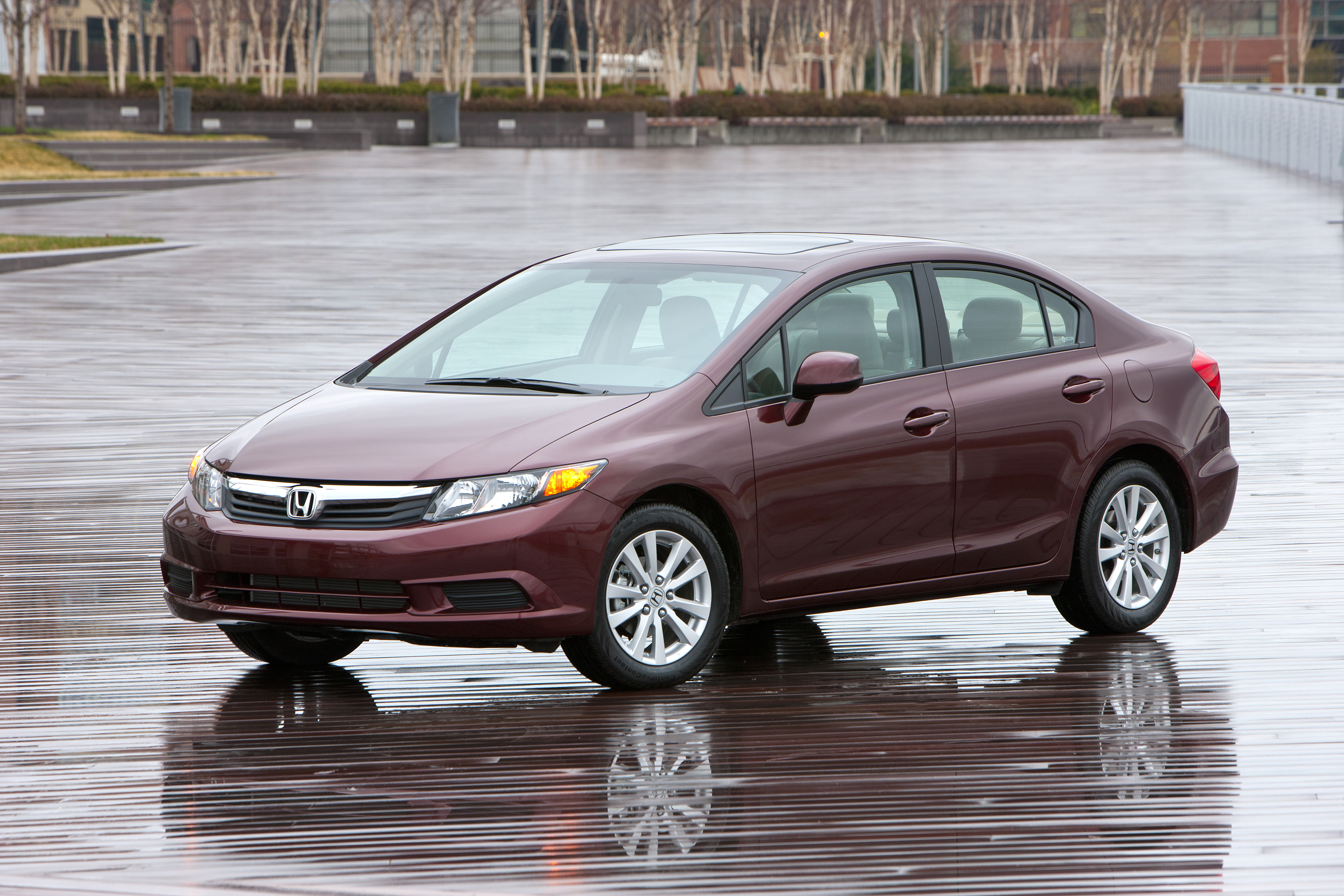 Honda And Acura Take Top Prizes In Edmunds Com S Best Retained Value