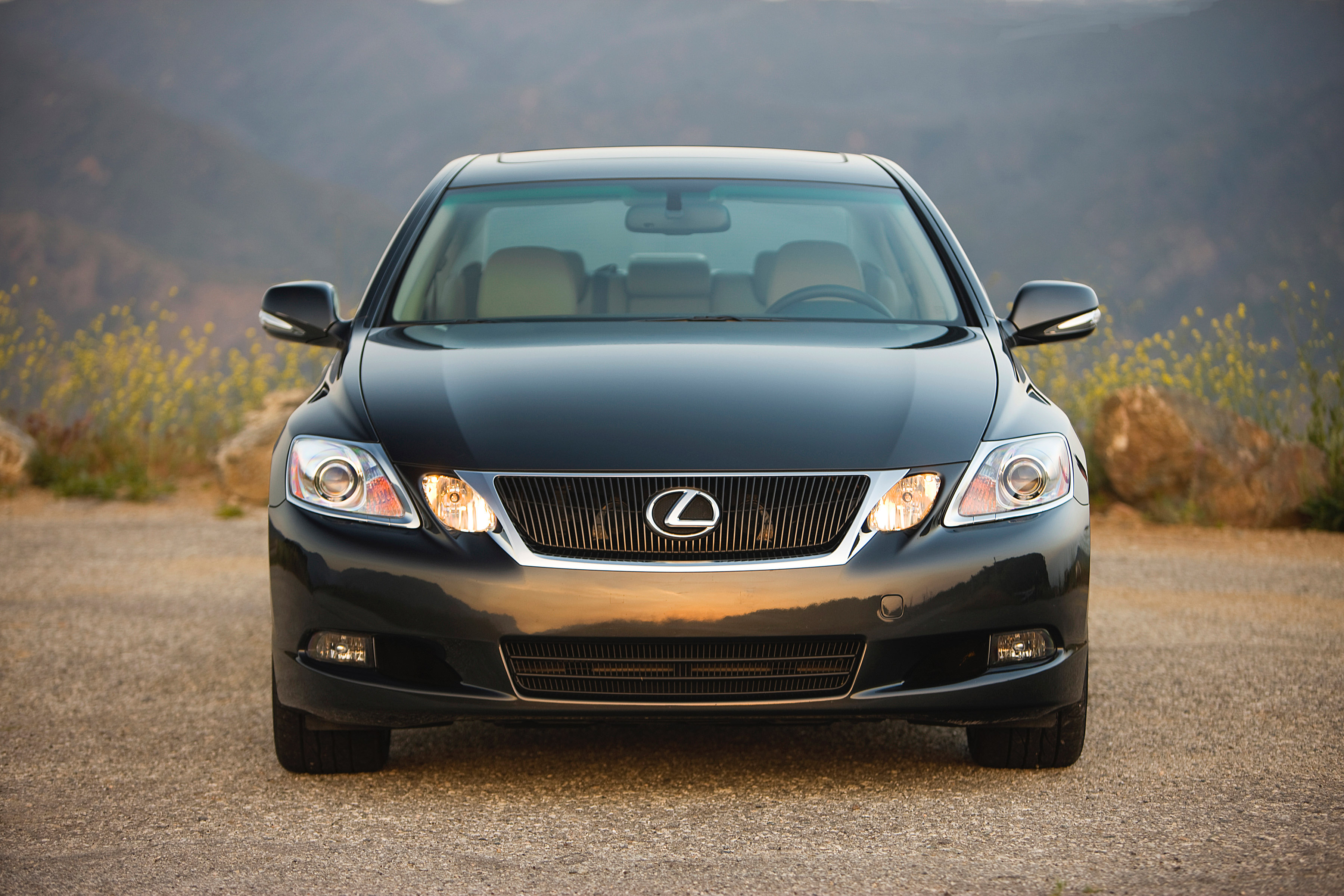 Edmunds Lexus Gets Aggressive on Auto Incentives While Overall