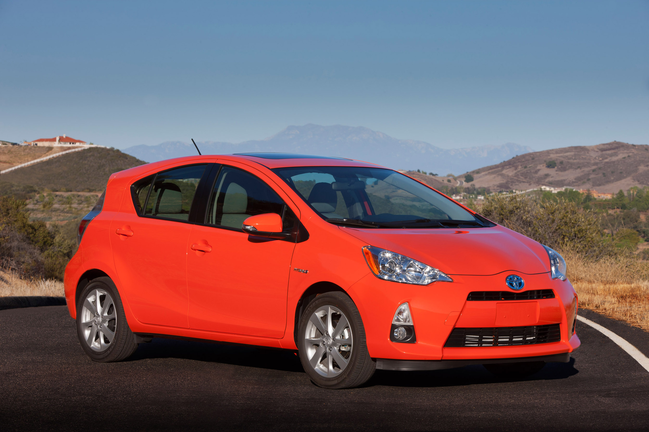 Toyota Sales Increase Nearly 90 Percent in May 2012; Daily selling ...