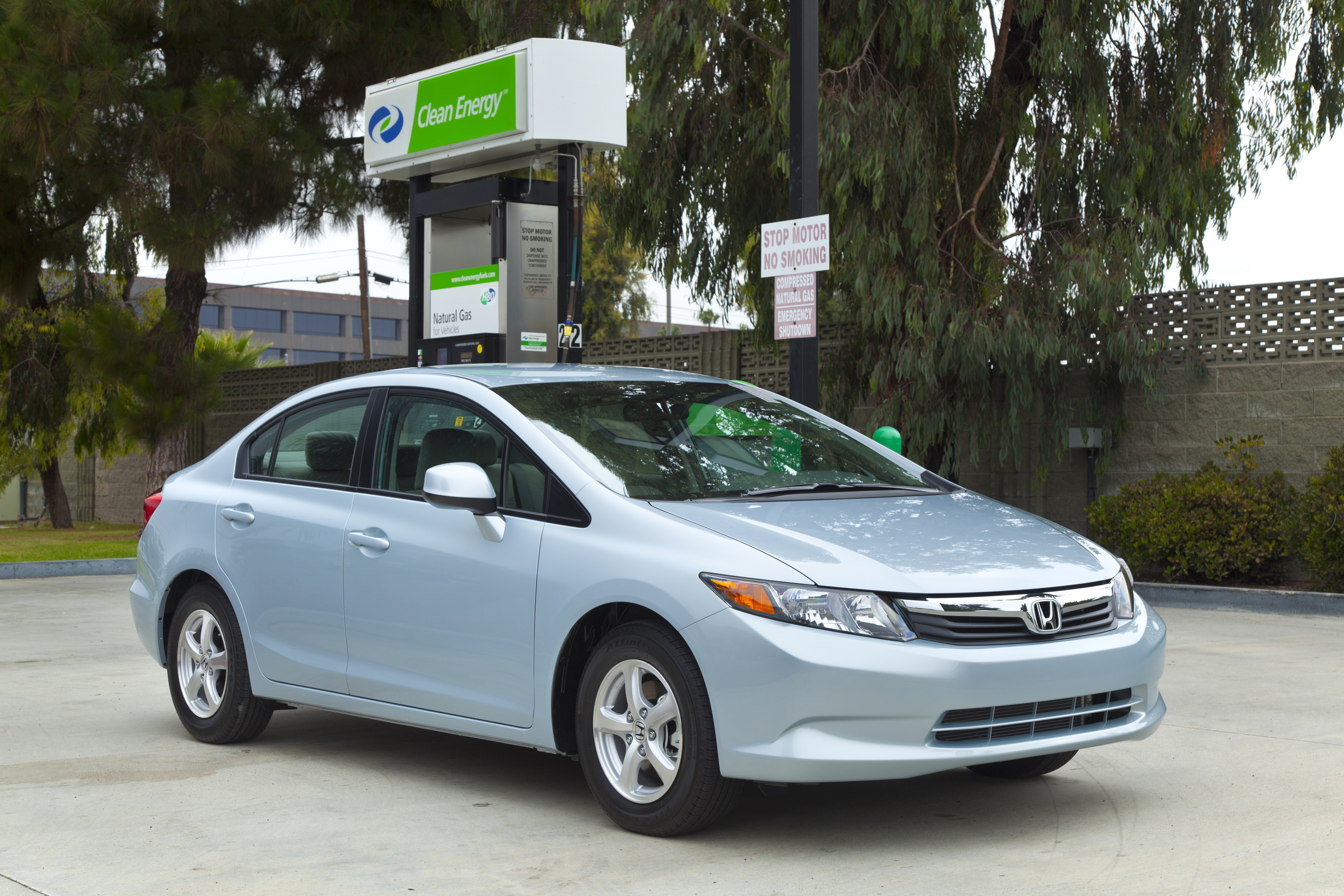 Honda Joins With Clean Energy To Provide 3 000 Fuel Cards New Civic Natural Gas Vehicle Customers