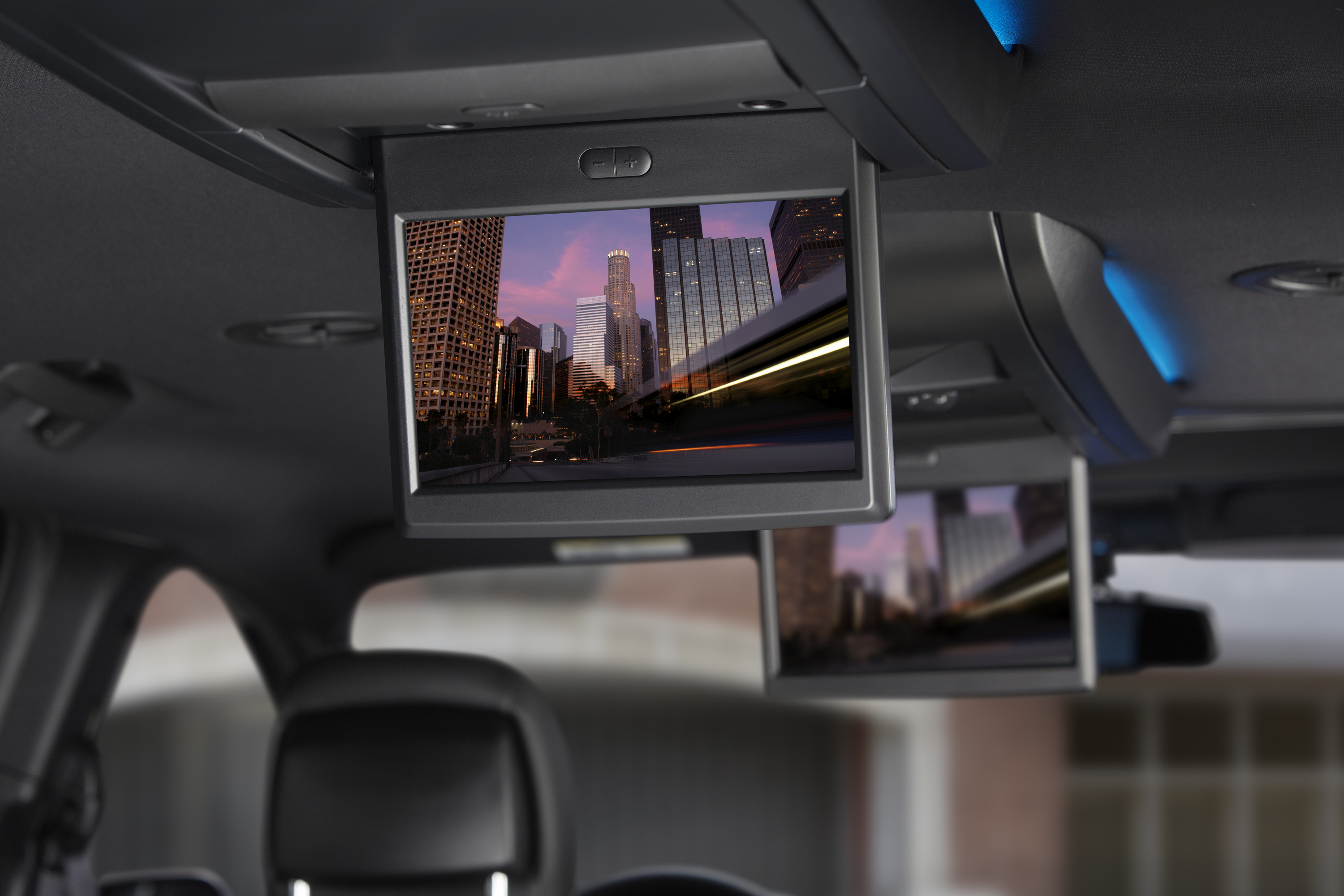 Segment Exclusive Blu Ray Dvd Now Available In Chrysler Group Minivans